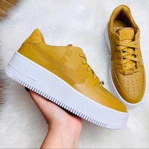Nike Air Force 1 Sage Low LX Wheat